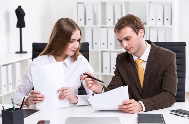 Trợ lý giám đốc kinh doanh tiếng anh là gì?