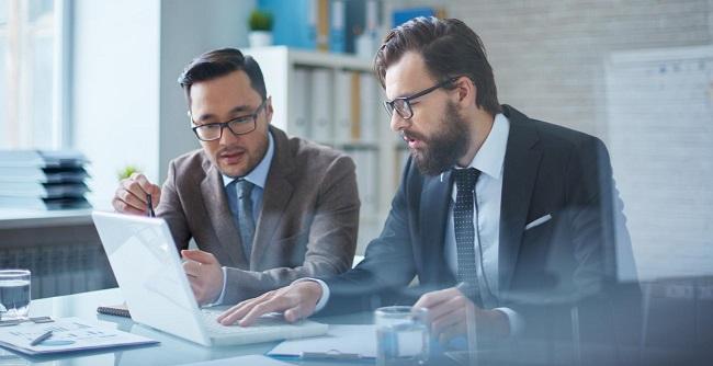 Consultant đưa ra lời khuyên chiến lược